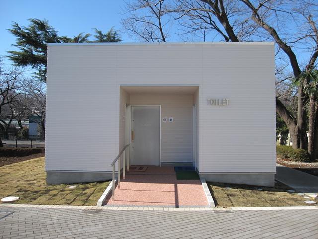 東京都世田谷区 A社住宅公園トイレ棟新築工事 写真